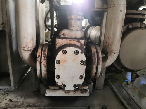 2008年安庆安力船舶使用我司YCB圆弧齿轮泵